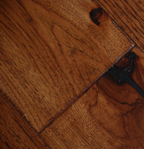 Johnson English Pub Hickory - Color Scotch